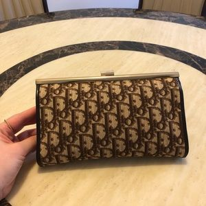 CHRISTIAN DIOR Vintage Diorissimo Clutch Brown